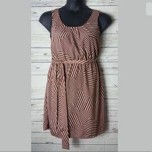 Needle & Thread Dress SZ M Sleeveless Knee Length